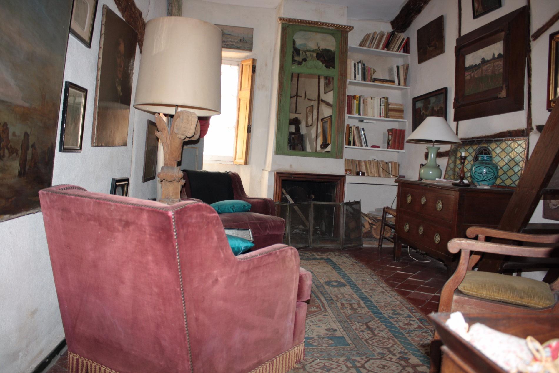 Vente hyeres coeur de ville maison atypique for Maison atypique 94