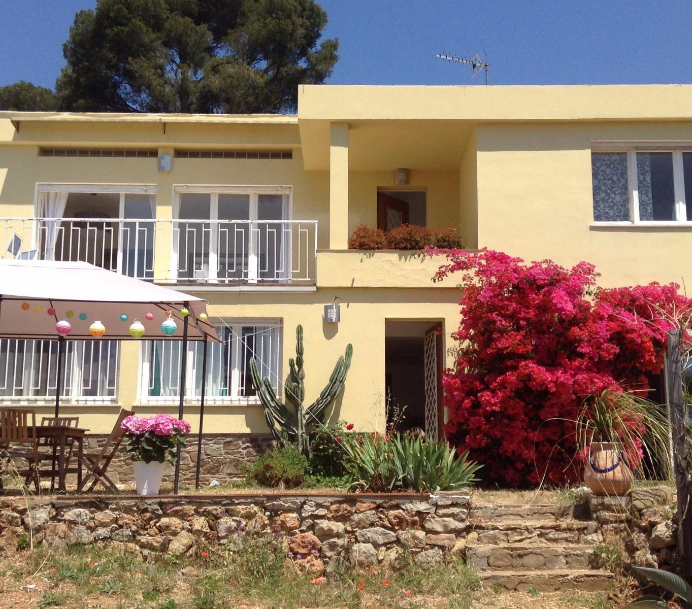 Location de vacances Villa Carqueiranne (83320)